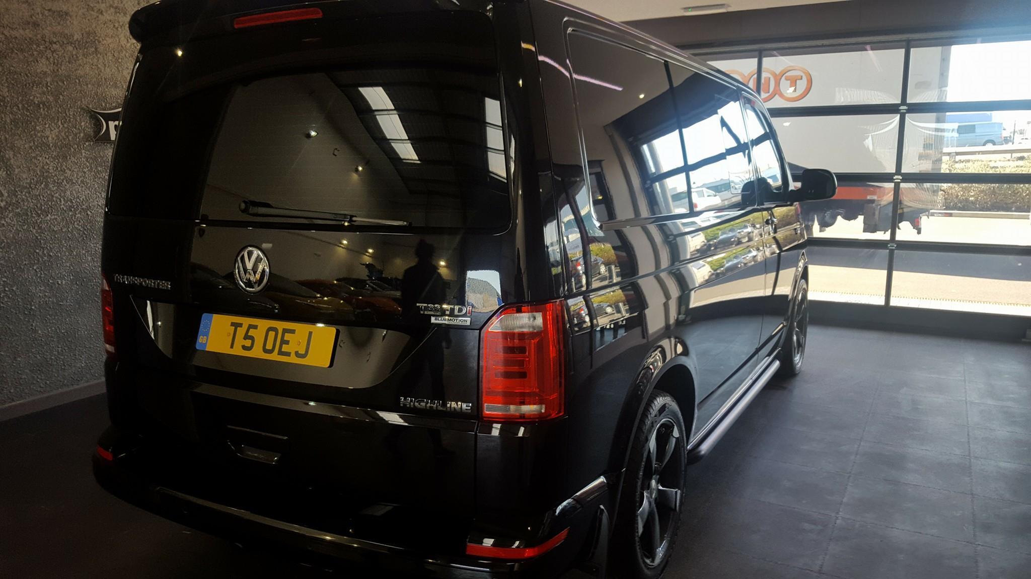 VW Transporter Enhancement + Ceramic Coating - Perfect Polish